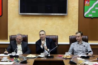Встреча блогеров с представителями власти